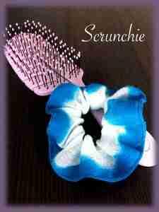 Tutorial dettagliato per confezionare uno scrunchie o elastico per capelli