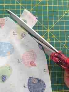Tutorial per realizzare un porta torta in stoffa 22