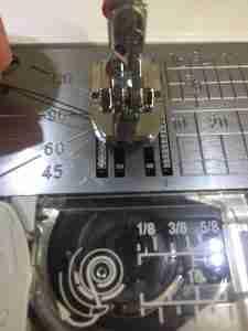 Tutorial come cucire una cerniera invisibile 17