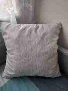 Tutorial per cucire una federa per cuscino con cerniera 28