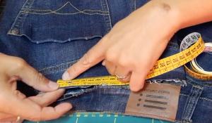 Come stringere i jeans in vita 24