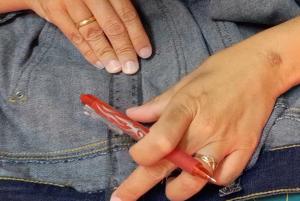 Come stringere i jeans in vita 29